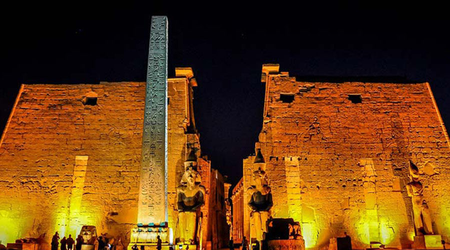 egypt-luxor-temple-night
